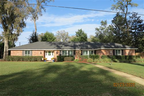 Photo of 9421 WOODHAVEN RD, JACKSONVILLE, FL 32257 (MLS # 1040085)