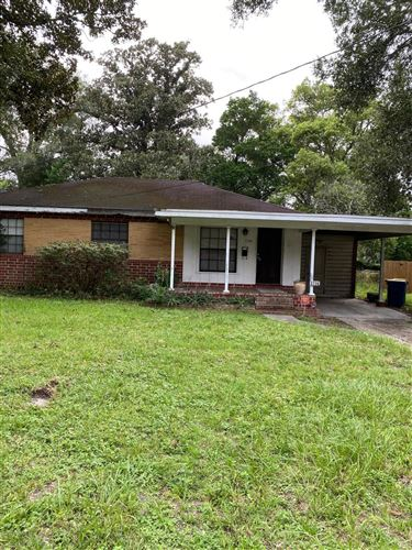 Photo of 1736 NEW HAVEN RD, JACKSONVILLE, FL 32211 (MLS # 1074119)