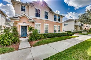 Photo of 5802 PARKSTONE CROSSING DR, JACKSONVILLE, FL 32258 (MLS # 1022139)
