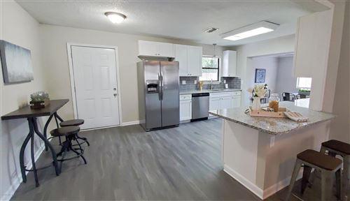 Photo of 6929 ARQUES RD, JACKSONVILLE, FL 32205 (MLS # 1075141)