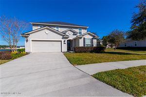 Photo of 528 GLENDALE LN, ORANGE PARK, FL 32065 (MLS # 974161)