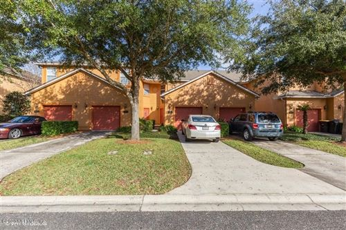 Photo of 6867 MISTY VIEW DR, JACKSONVILLE, FL 32210 (MLS # 1033185)