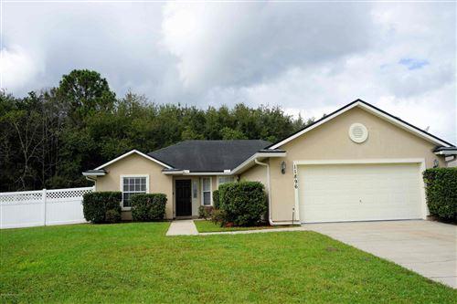 Photo of 11896 RAINDROP RD, JACKSONVILLE, FL 32219 (MLS # 1080211)