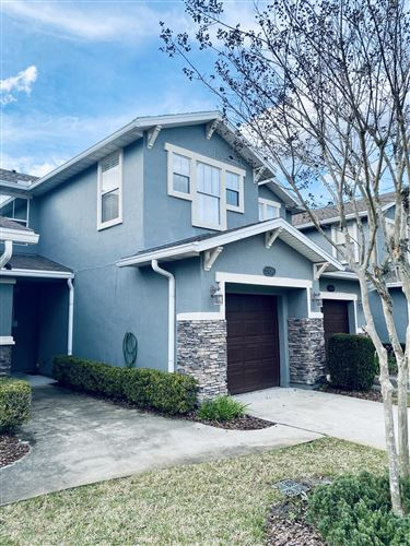 Photo of 2376 RED MOON DR, JACKSONVILLE, FL 32216 (MLS # 1039213)