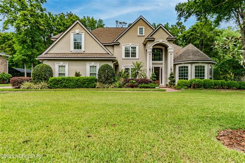 Photo of 332 SWEETBRIER BRANCH LN, ST JOHNS, FL 32259 (MLS # 1104218)