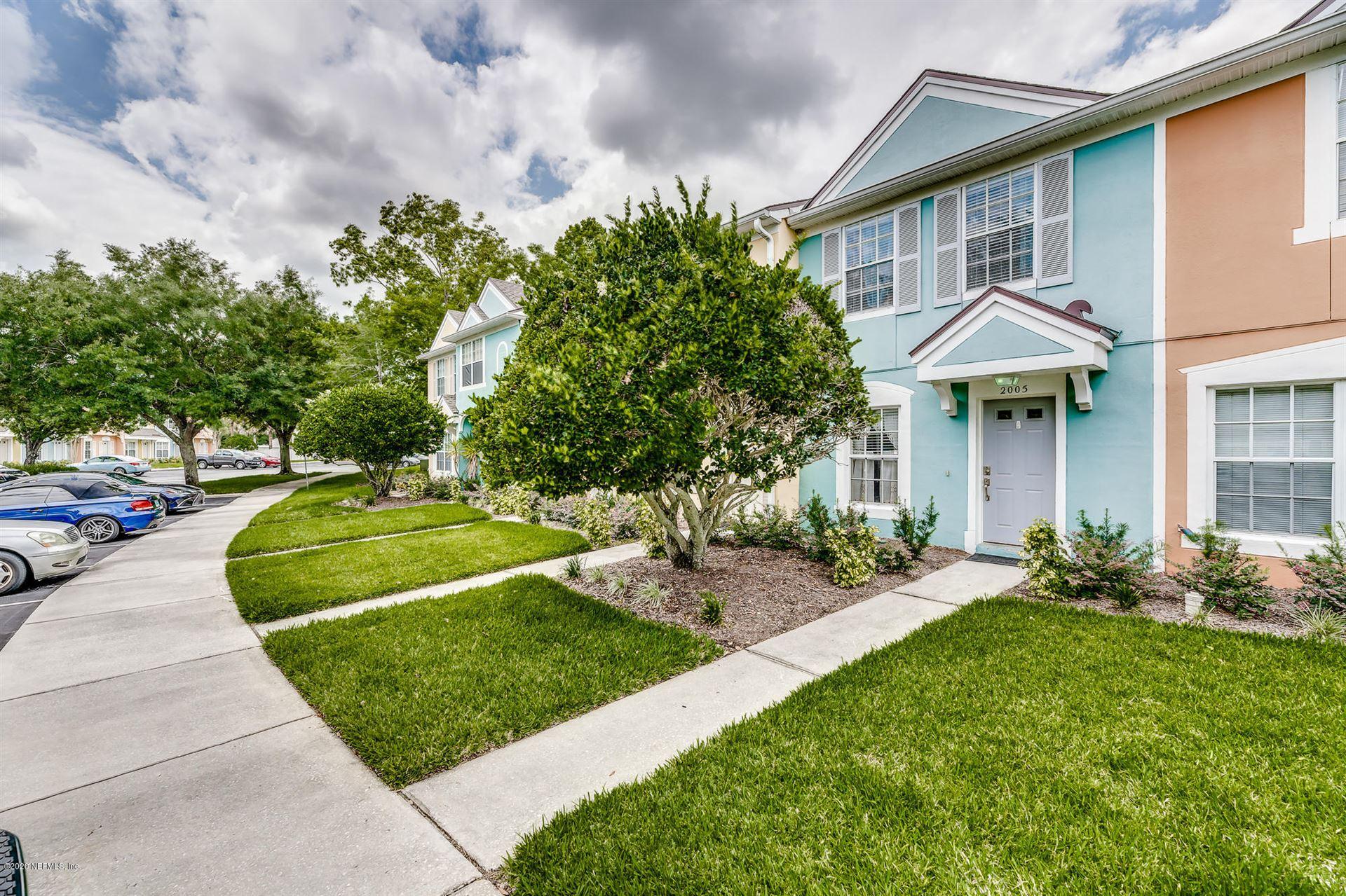Photo for 12311 KENSINGTON LAKES DR, JACKSONVILLE, FL 32246 (MLS # 1057239)
