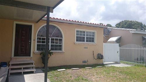 Photo of 3250 NW 19 TER, MIAMI, FL 33125 (MLS # 1109247)