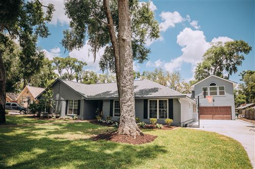 Photo of 9615 WEXFORD RD, JACKSONVILLE, FL 32257 (MLS # 997252)