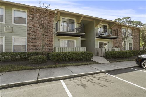Photo of 3737 LORETTO RD, JACKSONVILLE, FL 32223 (MLS # 1043265)