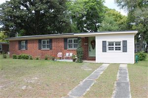 Photo of 6023 LAKE RIDGE AVE, JACKSONVILLE, FL 32211 (MLS # 985274)