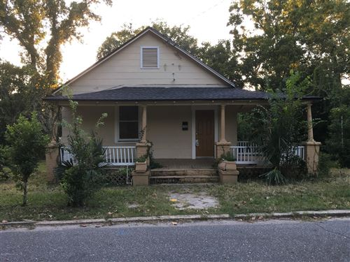 Photo of 400 SUNSHINE ST, JACKSONVILLE, FL 32254 (MLS # 1019286)