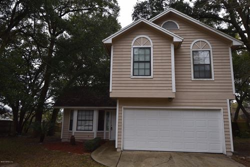 Photo of 1669 PONDEROSA PINE DR E, JACKSONVILLE, FL 32225 (MLS # 1033297)