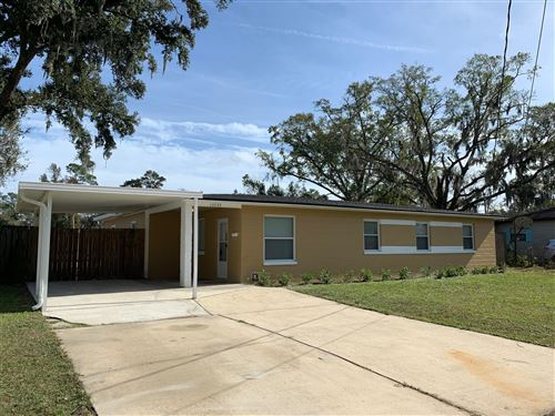 Photo of 10533 LOYOLA DR N, JACKSONVILLE, FL 32218 (MLS # 1030303)