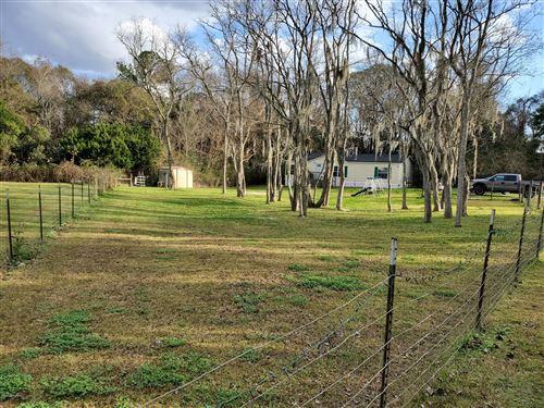 Photo of 1761 HERON RD, JACKSONVILLE, FL 32220 (MLS # 1033310)