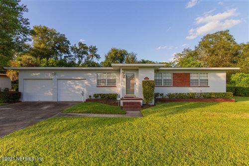 Photo of 6805 GREENFERN LN, JACKSONVILLE, FL 32277 (MLS # 1133311)