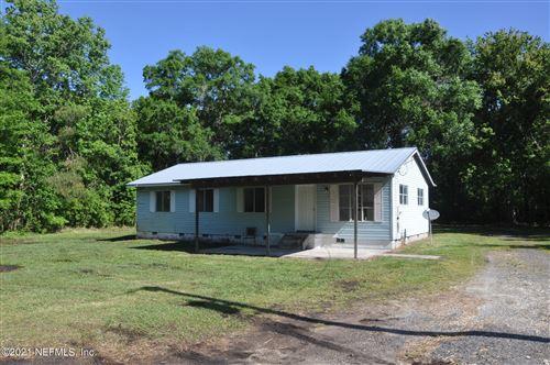 Photo of 895 NE COUNTY RD 125, LAWTEY, FL 32058 (MLS # 1104331)