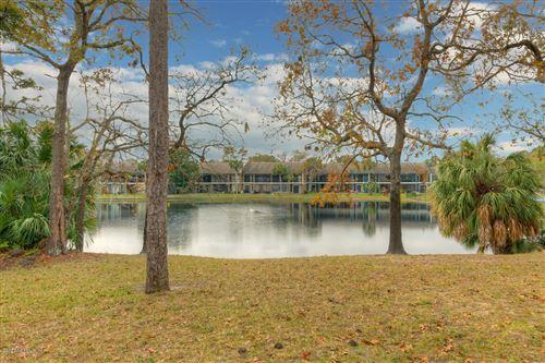 Photo of 6188 LAKE LUGANO DR, JACKSONVILLE, FL 32256 (MLS # 1039338)