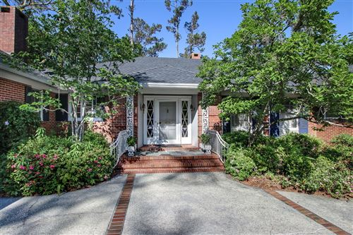 Photo of 4265 YACHT CLUB RD, JACKSONVILLE, FL 32210 (MLS # 1045397)