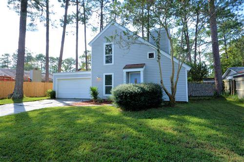 Photo of 10646 BERGHLEY CT N, JACKSONVILLE, FL 32257 (MLS # 1025413)