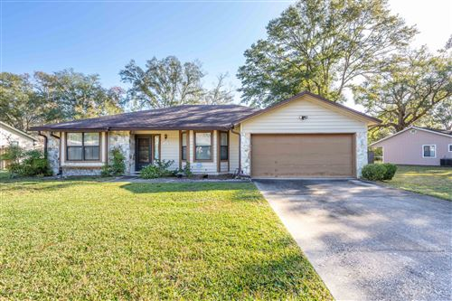 Photo of 1657 PONDEROSA PINE DR W, JACKSONVILLE, FL 32225 (MLS # 1033421)