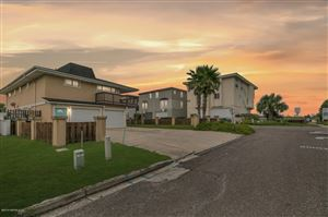 Photo of 100 LORA ST, NEPTUNE BEACH, FL 32266 (MLS # 1012424)