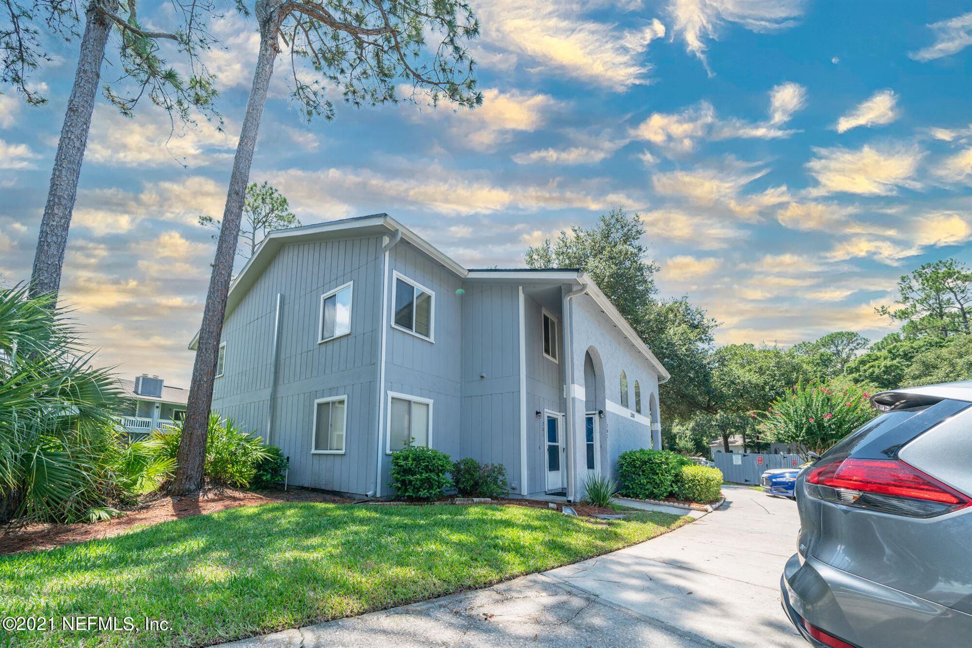 Photo of 3270 RICKY DR, JACKSONVILLE, FL 32223 (MLS # 1122425)