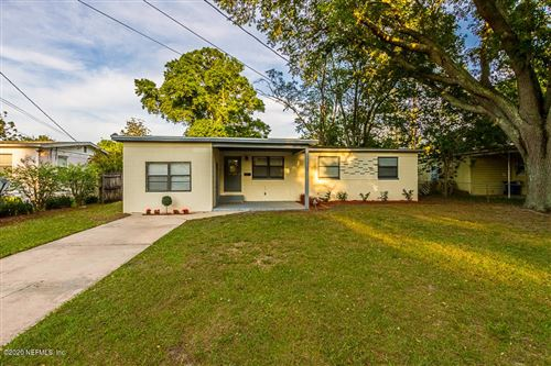 Photo of 2625 BYWOOD RD, JACKSONVILLE, FL 32211 (MLS # 1046434)