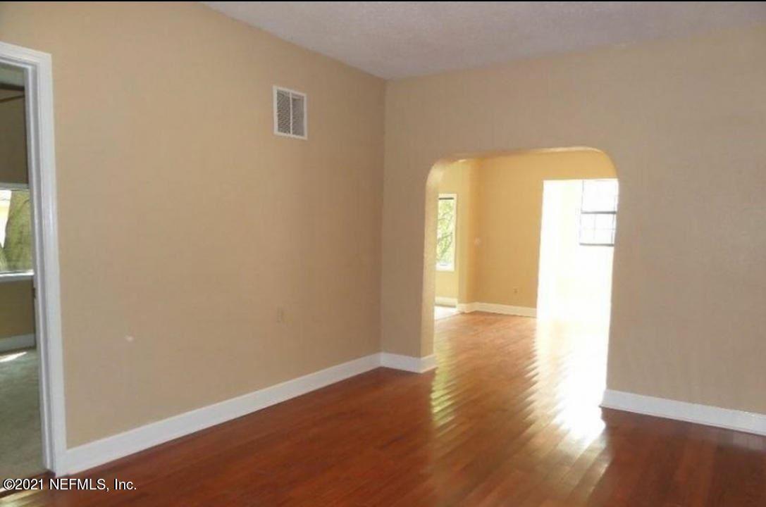 Photo of 3511 MYRA ST, JACKSONVILLE, FL 32205 (MLS # 1122436)