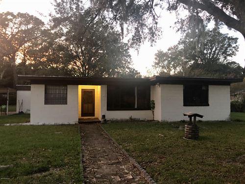 Photo of 8918 LIVINGSTON AVE, JACKSONVILLE, FL 32208 (MLS # 1026439)