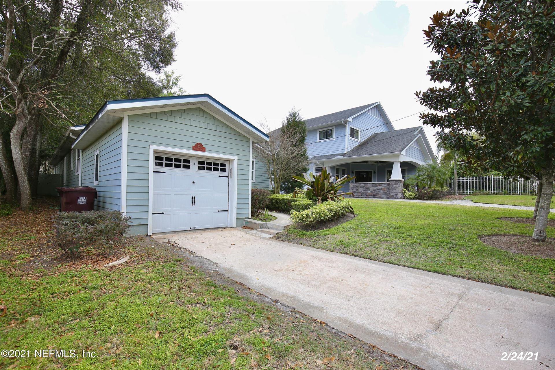 Photo of 1306 E ESTHER ST, ORLANDO, FL 32806 (MLS # 1122441)