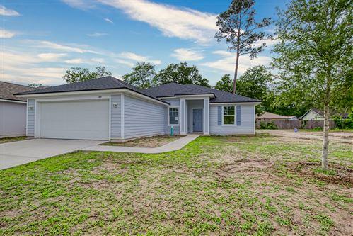 Photo of 6044 PATRIOTS LANDING LN, JACKSONVILLE, FL 32244 (MLS # 996446)