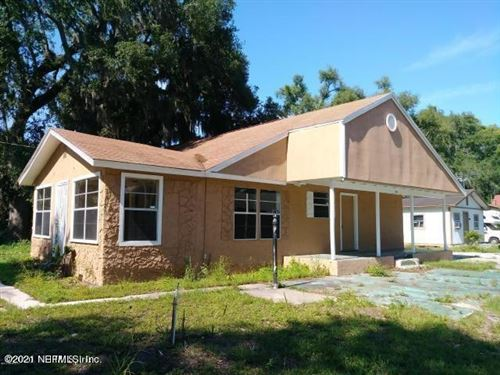 Photo of 1903 MCDOWER LN, ORANGE PARK, FL 32073 (MLS # 1108454)