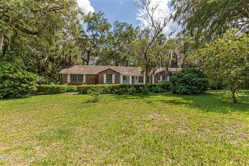 Photo of 335 LAKEVIEW DR SE, KEYSTONE HEIGHTS, FL 32656 (MLS # 1108489)