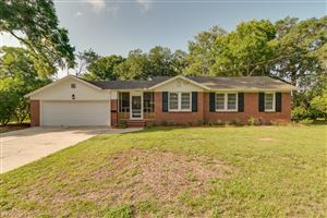 Photo of 9720 LILY RD, JACKSONVILLE, FL 32246 (MLS # 1002524)