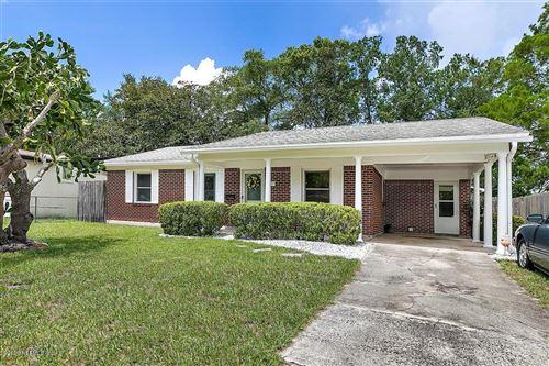 Photo of 7511 WHEAT RD, JACKSONVILLE, FL 32244 (MLS # 1066525)
