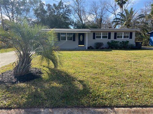 Photo of 6724 HERST LN, JACKSONVILLE, FL 32210 (MLS # 1039556)