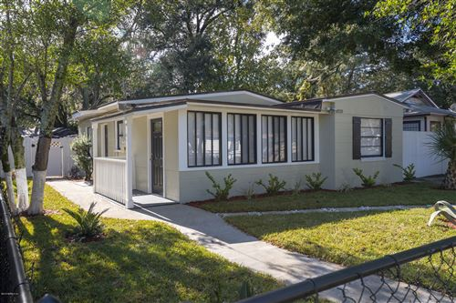 Photo of 1820 BREWSTER RD, JACKSONVILLE, FL 32207 (MLS # 1029563)