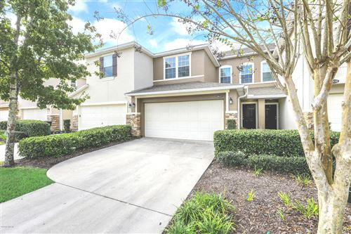 Photo of 6022 BARTRAM VILLAGE DR, JACKSONVILLE, FL 32258 (MLS # 1025567)