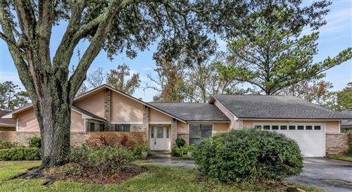 Photo of 3310 HIDDEN LAKE DR W #Unit No: 02 Lot No:, JACKSONVILLE, FL 32216 (MLS # 1030571)