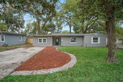 Photo of 5540 WINDERMERE DR, JACKSONVILLE, FL 32211 (MLS # 1039574)