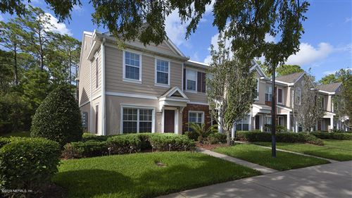 Photo of 6777 ARCHING BRANCH CIR, JACKSONVILLE, FL 32258 (MLS # 1024577)