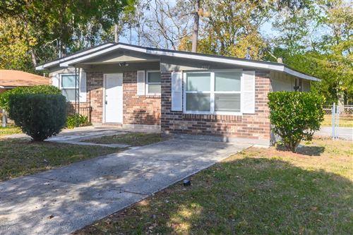 Photo of 7307 MELVIN CIR N, JACKSONVILLE, FL 32210 (MLS # 1028578)