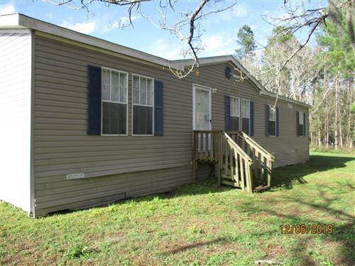 Photo of 5598 RICHARDSON RD, GLEN ST. MARY, FL 32040 (MLS # 1028616)