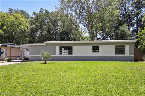 Photo of 3644 MIMOSA DR, JACKSONVILLE, FL 32207 (MLS # 1045620)
