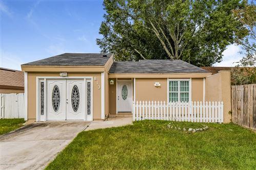 Photo of 813 LIBRA ST, JACKSONVILLE, FL 32216 (MLS # 1019636)