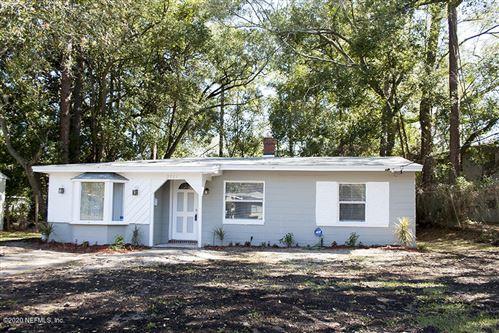 Photo of 2881 STONEMONT ST, JACKSONVILLE, FL 32207 (MLS # 1038644)