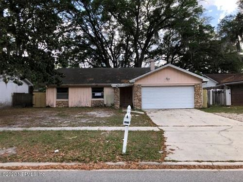 Photo of 6374 DICKENS DR, JACKSONVILLE, FL 32244 (MLS # 1045644)