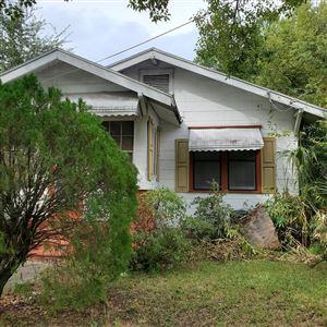 Photo of 325 W 17TH ST, JACKSONVILLE, FL 32206 (MLS # 1019673)