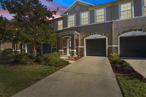 Photo of 5744 SANDSTONE WAY, JACKSONVILLE, FL 32258 (MLS # 1026708)