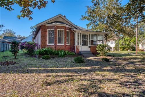 Photo of 3937 BOONE PARK AVE, JACKSONVILLE, FL 32205 (MLS # 1040709)